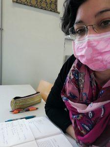Ich mit rosa Mundschutz