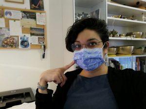 Ich mit blauem Mundschutz