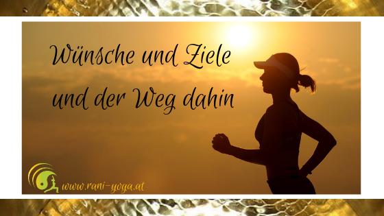 Frau laufend, Abendsonne golden im Hintergrund - Überschrift eingeblendet
